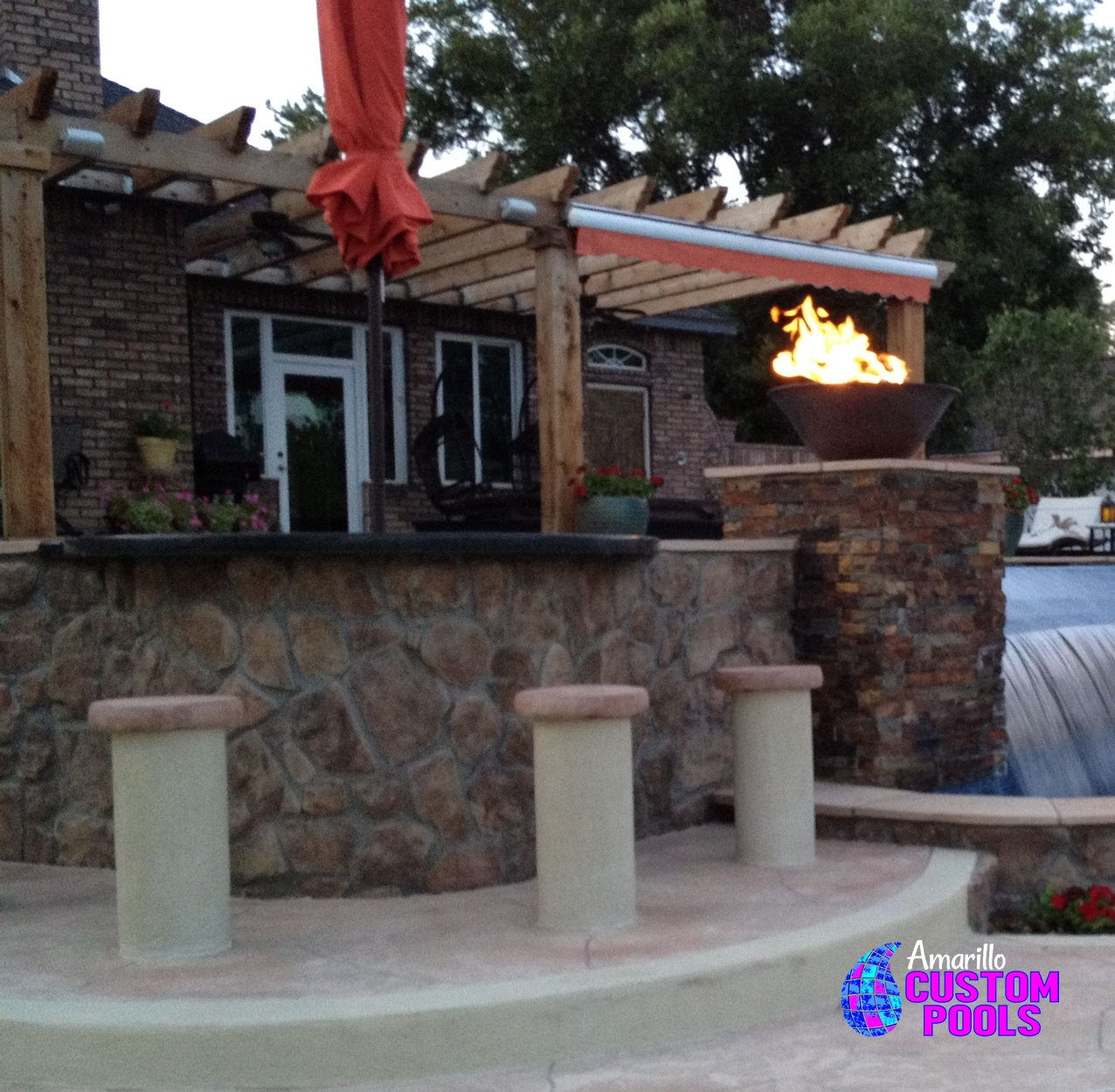 Amazing Outdoor Kitchens That You Might Have While Living: Outdoor Living Outdoor Kitchen Fireplaces Fire Pits Arbors