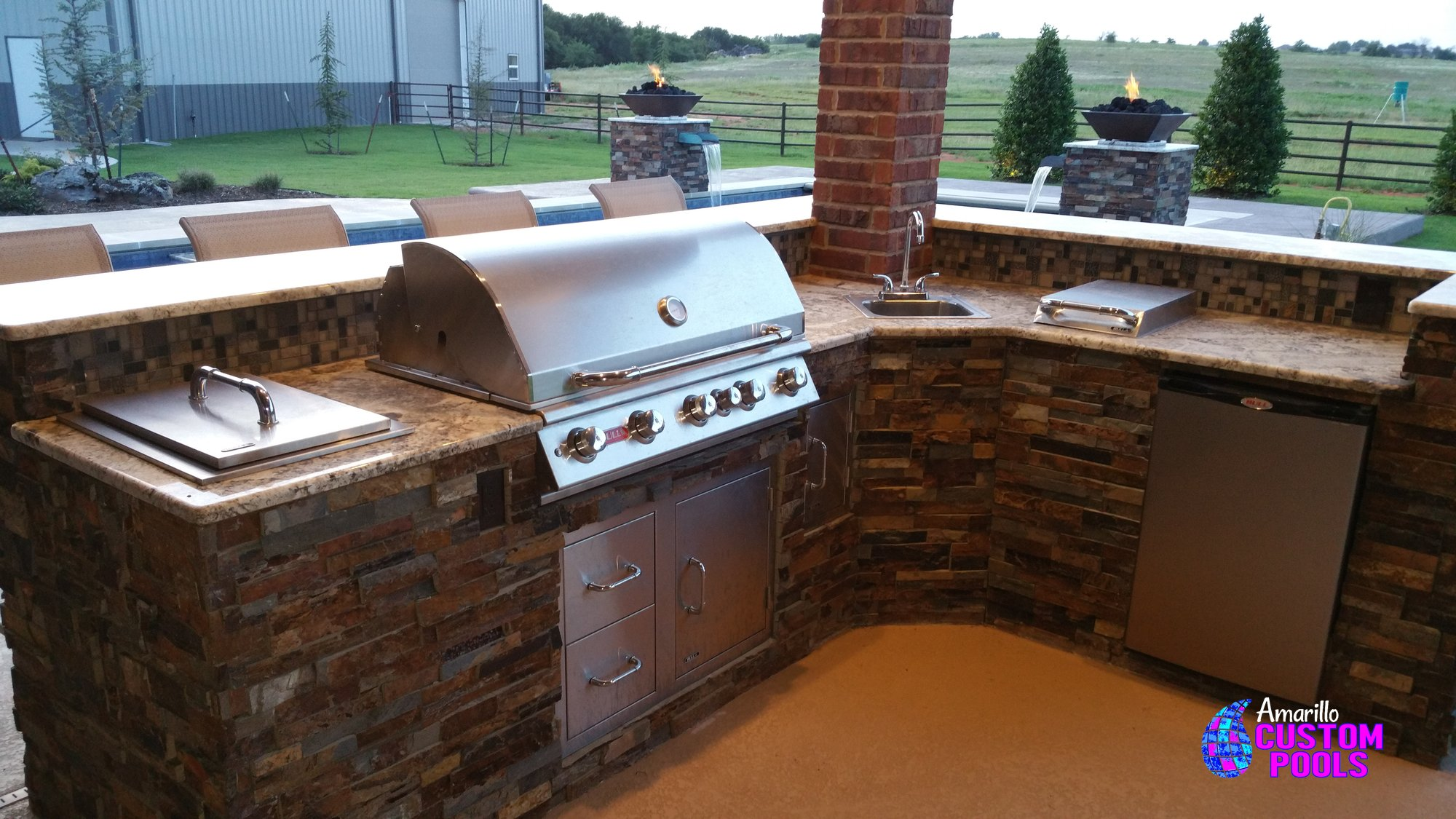 ... Outdoor Kitchen #005 By Amarillo Custom Pools ...